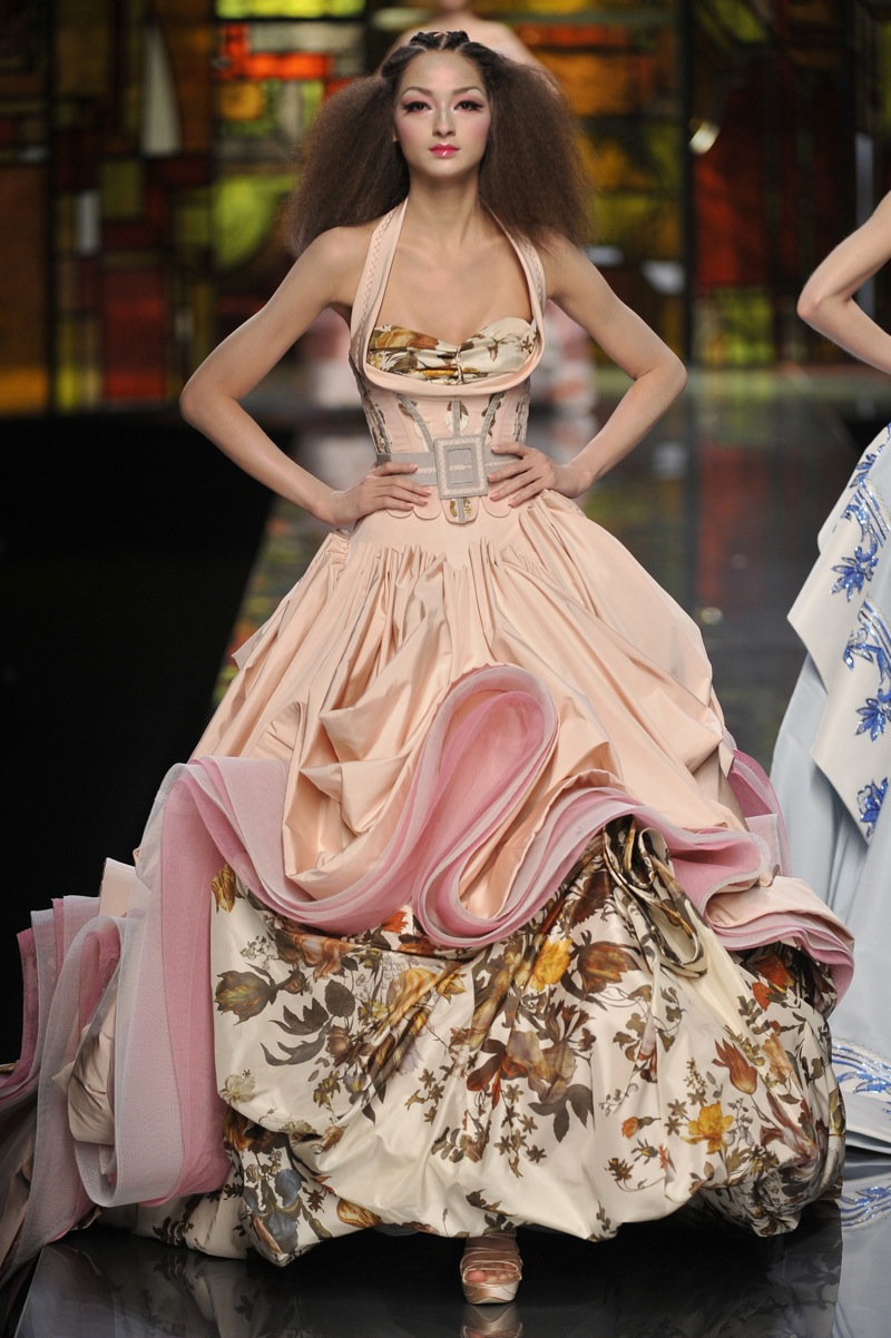 Dior galliano designer inspiration china bambi for Loving haute couture
