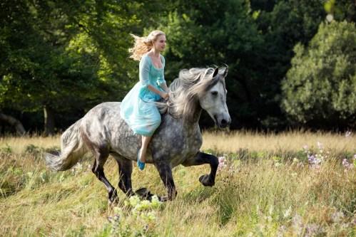 Cinderella-Vogue-24Sept13-pr_b_1080x720