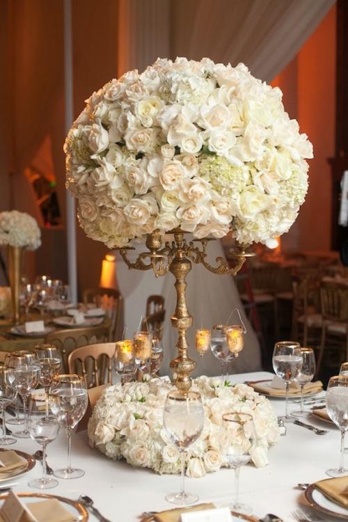 wedding-centerpiece-roses-19_ievfc7