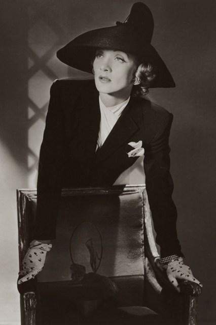 7-Marlene-Dietrich-New-York-1942-Conde-Nast-Horst-Estate-vogue-1may14-pr-b_426x639