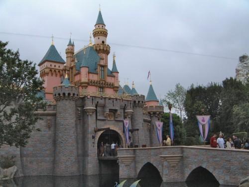 Disneyland_Sleeping_Beauty_Castle