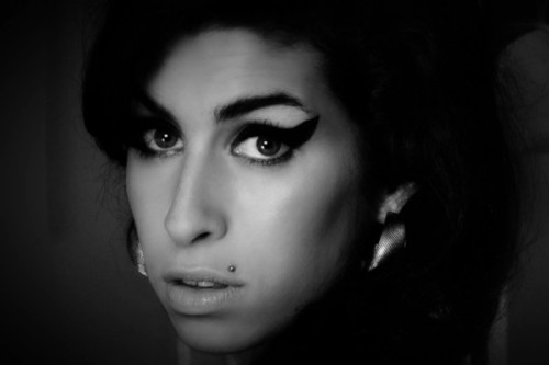 amy-winehouse-amy-documentary-face-600x400
