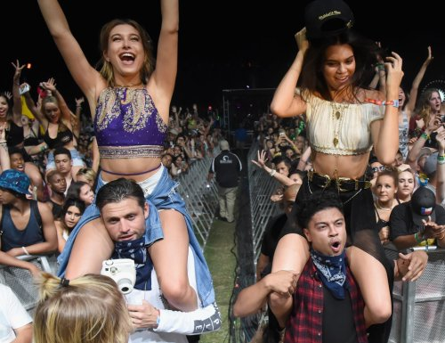 Kendall-Jenner-Hailey-Baldwin