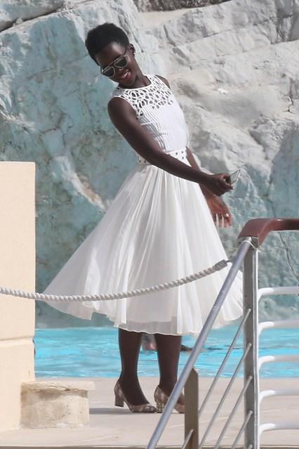 lupita-nyongo-glamour-15may15-getty_b_426x639