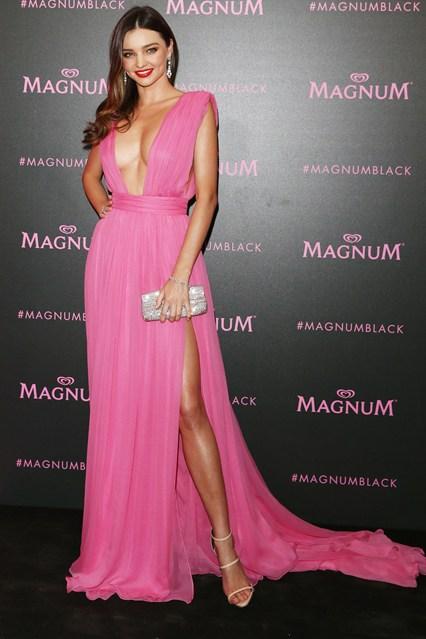 Miranda-Kerr-Vogue-15May15-Getty_b_426x639