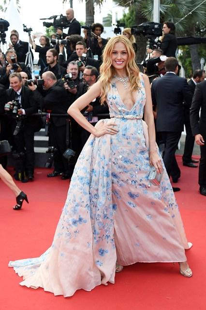 Petra-Nemcova-Vogue-20May15-Getty_b_426x639