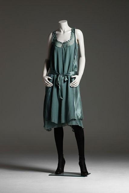 Stella-mannequin-2_V_3aug11_pr_b_426x639