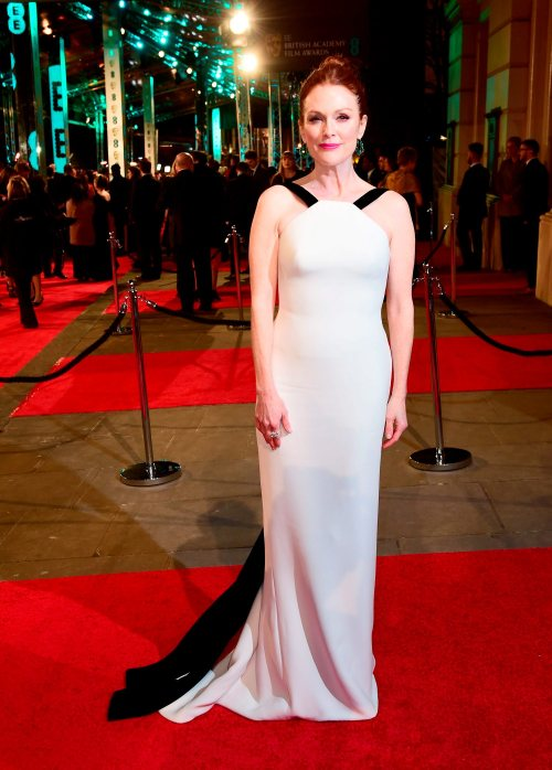 Julianne Moore attending the EE British Academy Film Awards at the Royal Opera House, Bow Street, London. PRESS ASSOCIATION Photo. Picture date: Sunday February 14, 2016. See PA Story SHOWBIZ Baftas. Photo credit should read: Ian West/PA Wire