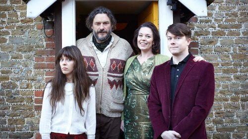 Julian Barratt plays Maurice (author of twisted children?s books The Grubbs) and Olivia Colman plays Deborah (music teacher); a husband and wife who are barely together but yet to divorce. They live with Maurice's fruitcake mother, Hattie, (Leila Hoffman) and their maladjusted twenty five year old twins Amy (Sophie di Martino) and Donald (Daniel Rigby) in a creaky, messy, crumbling old house.