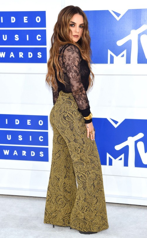 rs_634x1024-160828172404-634-jojo-mtv-vmas-arrivals.82716